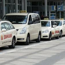 Sciopero taxi, la battaglia per la legalità non può diventare la difesa di rendite di posizione anacronistiche.