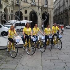 Gli informatori turistici in bicicletta di Confesercenti in azione anche lunedì in occasione della visita del Papa