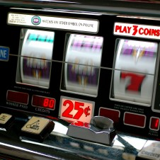 Slot machines, slitta al 29 giugno la scadenza Ries