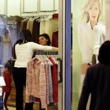 """Fismo-Confesercenti: """"Moda, la ripresa rallenta; consumi verso +1% nel 2016 e nel 2017″"""