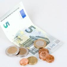 Istat: ad aprile cala la fiducia delle imprese del commercio al dettaglio e anche quella dei consumatori