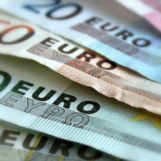 Bonus Coronavirus straordinario per imprese (600 euro) e dipendenti (300 euro) dall'Ebtt (ente bilaterale di Confesercenti e Cgil-Cisl-Uil)