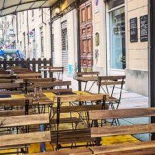 Dal 26 aprile possibile la somministrazione di alimenti e bevande nei dehors. Utilizza anche tu questa possibilità, presentando una semplice domanda: a Torino l'occupazione del suolo pubblico è gratuita
