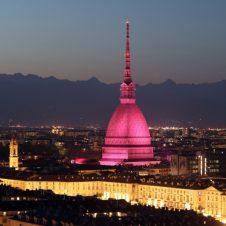 Torino – Partenza Giro d'Italia, sabato 8 maggio vietati l'asporto di bevande in vetro e in lattina e la somministrazione di superalcolici dalle 12 alle 18 nell'area interessata dalla manifestazione