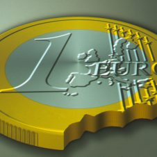 Inflazione, l'Istat rivede al ribasso le stime: a settembre prezzi +2,5% su anno